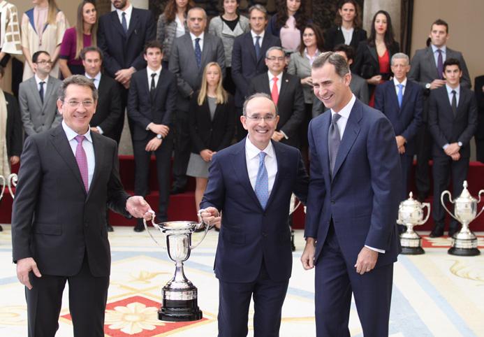 Los doctores Anitua y Sánchez galardonados con el Premio Nacional del Deporte 2014