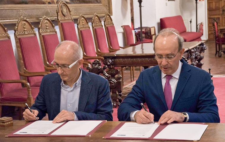 La Universidad de Granada y la Fundación Eduardo Anitua firman el convenio para la creación de la Cátedra BTI